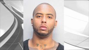 Packers tight end Andrew Quarless' mugshot looks like he has been in trouble before