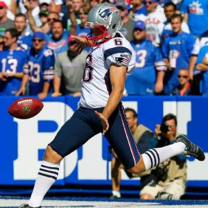 Patriots give their punter Ryan Allen a three year contract extension