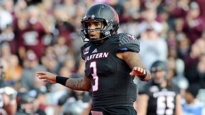 Vernon Adams has been named the starting quarterback of Oregon week one against Montana