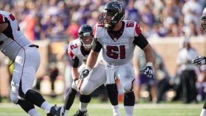 The Tampa Bay Buccaneers are working out veteran center Joe Hawley