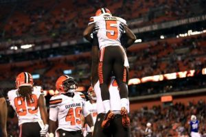 Former Browns wide receiver Shane Wynn will work out for the Titans