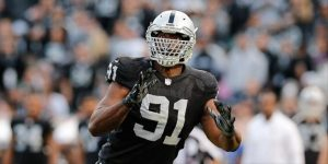 Raiders place DE Justin Tuck on the injured reserve with a torn pectoral muscle