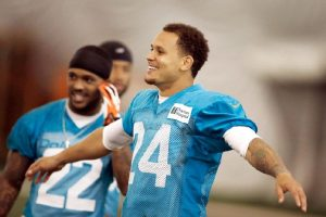 Patriots are working out CB Cortland Finnegan