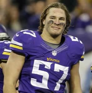 Vikings Place Linebacker Audie Cole On IR Sign LB Jason Trusnik - Audie cole