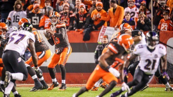 Browns lose QB Josh McCown for the year