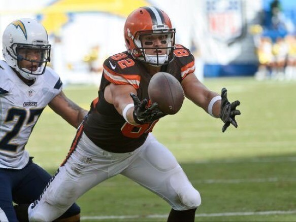 Browns give Gary Barnidge an extension