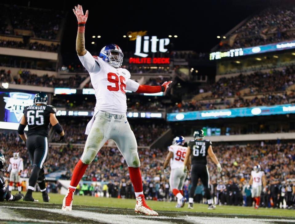 Giants release DE Damontre Moore